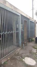 Alugo casa no Caiuá