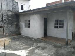 Título do anúncio: //Casa no Lírio do Vale - 2 Qrts - com quintal e garagem
