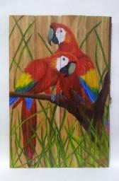 Pintura de Araras sobre madeira