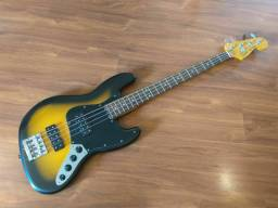 Baixo Fender Jazz Bass Modern Player
