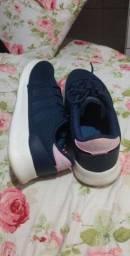 Tênis Adidas usado 2x