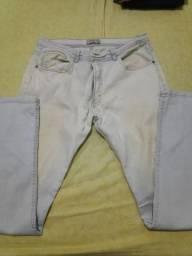 Calça jeans azul claro quase nova