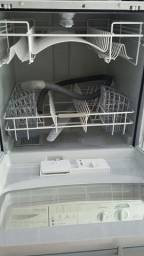 Vendo lavadora de louças Brastemp.