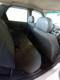 Siena 2010 completo, freios ABS, GNV geração 5, rodas liga leve, carro em bom estado