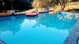Título do anúncio: Sítio para temporada com 3 quartos, piscina e estacionamento em Cachoeiras de Macacu RJ