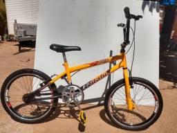 Bicicleta infantil aro 20 Cross