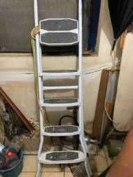 Escada de 5 degraus