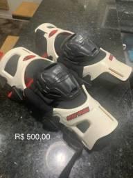 Equipamentos motocros