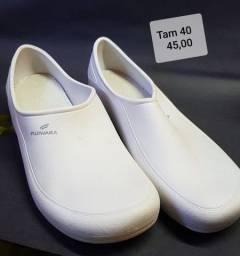 Sapatos para hospital