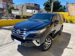 Hilux SW4 SRX  2019 7 lugares c/76000km