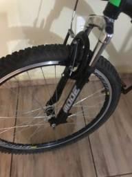 Bicicleta nova wyn 21 marchas aro 26xL