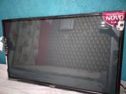 Tv 50 polegadas LG com a tela trincada