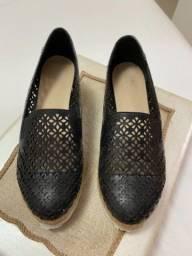 Sapato muito confortável e útil