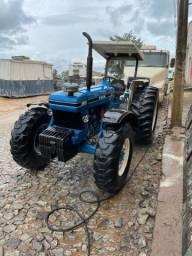 Trator 8030 traçado 4x4