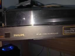 Toca disco Philips FP 310 sem automático.