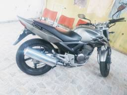 Vendo twister zerada 2008
