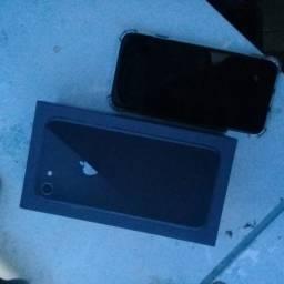 iPhone 8 novo na caixa
