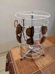 Expositor óculos giratório.somente expositor óculos são fotos ilustrativas .