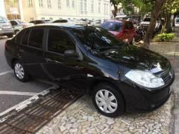 Renault Symbol 1.6 preto em ótimo estado - 2010
