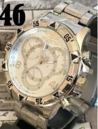 67f003a42f0 Relógios invicta e bulgari