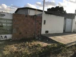 Atenção Casa de 2/4 com terreno de 300 metros quadrados