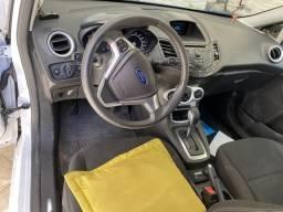 Ford Fiesta 1.6 automático - 2014