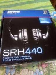 Fone Profissional Shure SRH 440 zerado por R$ 490