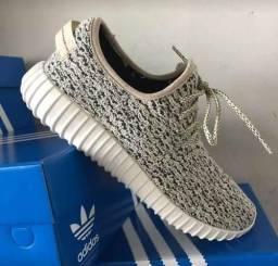 Tênis Adidas Yzy Anápolis