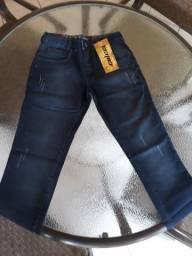 Calça jeans da marca Colcci