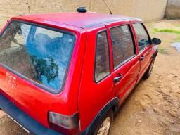 Vende-se um Fiat uno 2013
