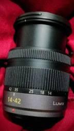 Panasonic lumix 14-42 G Vario 3.5-5.6