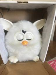 Furby branco