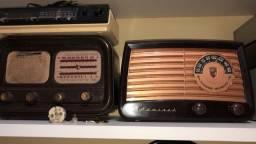 Rádio Admiral Valvulado
