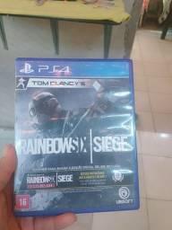 Vendo jogo de PS4 novo