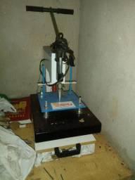 Máquina de estampar roupa