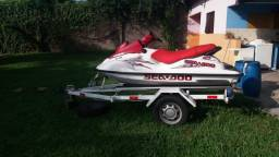 Moto aquática Sea Doo menos de 100h de uso