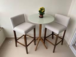 Lindo Conjunto Bistrô- Mesa e cadeira - banqueta Bistro - Alto Padrão