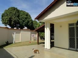 Casa no Setor Coimbra, 4 Quartos (2 suítes), 2 Salas, Jardim, Área Lazer, 460m²