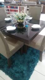 Conjuntos de mesas e cadeiras a partir de 499,00
