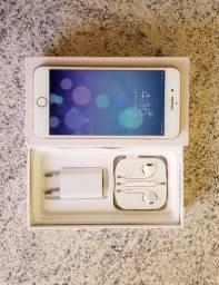 IPhone 8 plus com pequenas marcas de uso