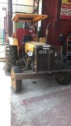 Trator Valmet 65 com grade hidráulica