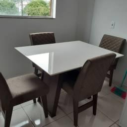 Mesa de janta 4 cadeiras tampo em lacca//Entrega e montagem imediata grátis