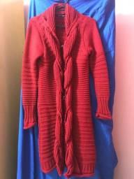 Casaco vermelho longo