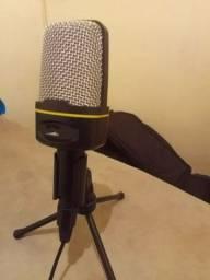 Microfone liga direto no Cel ou no pc