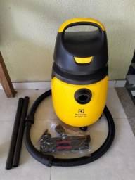 Aspirador de Água e Pó Gt 3000 PRO Electrolux Novo