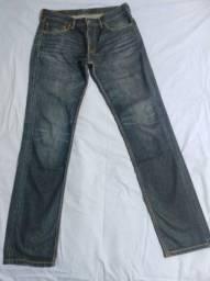 Jeans Levi's original.