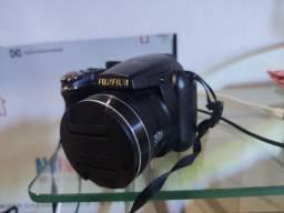 Fujifilm Finepix S4500 com pilhas recarregaveis e carregador e maleta