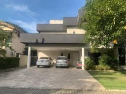 Casa com 4 Quartos e 6 banheiros à Venda, 380 m² por R$ 2.800.000