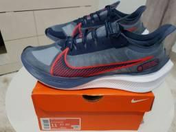 Tênis Nike Zoom Gravity - Tamanho 43
