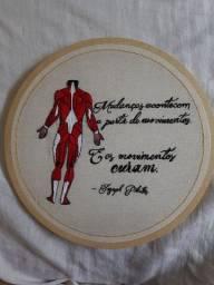 Bordado manual Corpo Humano